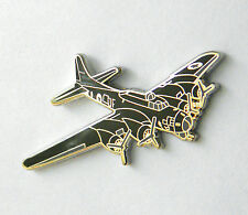 B-17 FLYING FORTRESS BOMBER USAF AIR FORCE AIRCRAFT LAPEL PIN BADGE 1.25 INCHES