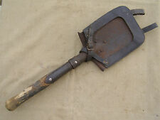 ORIGINAL GERMAN WW1 INFANTRY FLAT SHOVEL WITH ORIGINAL LEATHER CARRIER