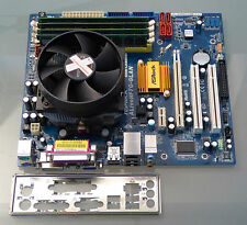 Mainboard Bundle ASRock ALiveNF7G-GLAN / AMD 620 X4 Quad 4x 2,60 GHz / 8GB RAM