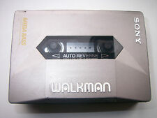 SONY WM -2091 MEGA BASS WALKMAN STEREO CASSETTE RECORDER