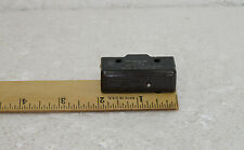 MICRO SWITCH 213-025 Oven Micro Safety Switch BE-2R-A4, 1-2 HP, 125-250 VAC NOS