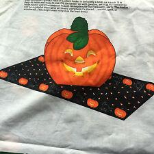 Cranston Print Works Halloween Jack-O-Lantern Pumpkin Basket Uncut Cotton Panel