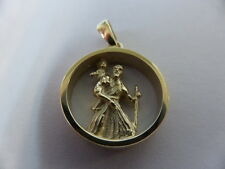 9ct gold round 3D St Christopher pendant