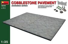MIN36046	 Miniart 1:35 - Cobblestone Pavement diorama plastic model kit
