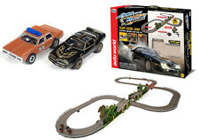 Auto World Smokey & The Bandit w/Jumps 16' Track Slot Car Racing Set HO / 1/64