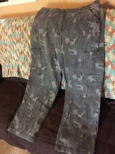 Harley Davidson Grey Camo Cargo Pants. Men's  38 x 32 No Holes Or Stains