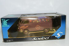 SOLIDO VW VOLKSWAGEN TRANSPORTER FLOWER POWERED PEACE AND LOVE PURPLE MINT BOXED