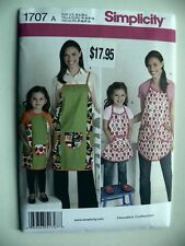 Simplicity Pattern 1707 Children's & Misses Aprons matching adult child cooking