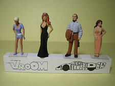 4  FIGURINES 1/43  ASSORTIMENT  A1  ASSORTMENT  VROOM  4  UNPAINTED  FIGURES