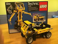 VINTAGE TECHNIC LEGO 8852 TRUCK ROBOT TRANSFORMER 100% COMPLETE BOXED