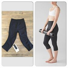 Lululemon NWT Flow And Go Crop sz 4 Black Wunder Under