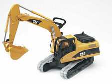 Bruder 02438 CAT Caterpillar Large Excavator Scale 1:16 Made in Germany
