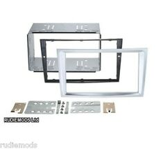 Vauxhall Astra H 04on Matt Chrome Double Din Car Stereo Fitting Kit CT23VX37