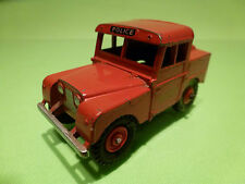 DINKY TOYS 255 LAND ROVER - POLICE - MERSEY TUNNEL - RED 1:43 - GOOD CONDITION