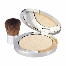 CD DiorSkin Nude Air Healthy Glow Invisible Powder Kabuki Brush 010 Ivory #15269