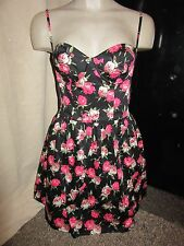 BNWT $100 TopShop Dress UK 10 Black Pink Floral Pattern Fitted Wired Wedding