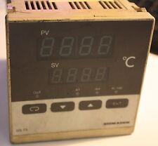 Shimaden SR73 SR73-8Y1-1C Temperature Controller