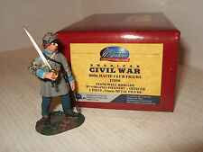 Britains ACW Club Figure 17810, 5th Virginia Infantry Officer with Sword Ready.