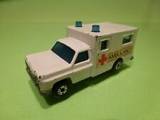 LESNEY MATCHBOX 41 FORD VAN AMBULANCE - WHITE 1:60? - GOOD CONDITION