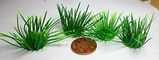 1:12 Scale 4 Plastic Tufts Of Grass Dolls House Miniature Garden Accessory