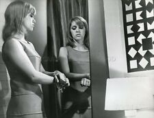 ELISABETH WIENER LA PRISONNIERE CLOUZOT 1968 PHOTO ORIGINAL #6