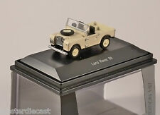 Schuco LAND ROVER 88 in Ivory 1/87 scale model