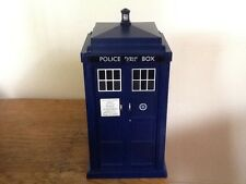 BBC Toy - DOCTOR WHO - TARDIS - LIGHTS AND SOUNDS - Dr Who Police Box