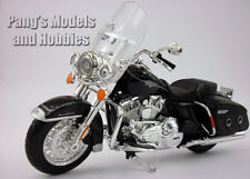 Harley - Davidson Road King Classic 1/12 Scale Die-cast Metal Model by Maisto