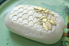 Silicone mold - HONEY BEE QUEEN - BEAUTIFUL SOAP BAR -  SILICONE MOULD