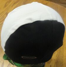 TRIBORD DECATHLON CREATIONS ATHLETIC BEANIE HAT BLACK & WHITE ADULT ONE SIZE VGC