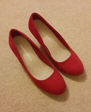 DOROTHY PERKINS RED FAUX SUEDE COURT SHOES  SIZE 4