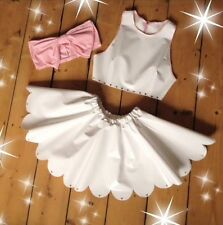 Thecreepsstore : White Pvc Scalloped Hem Loveheart Skirt / Kawaii / 8 10 12