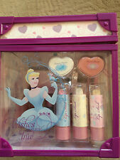 Disney Princess Make Up / Travel Beauty Case - BNWT