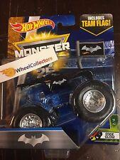 Batman * Edge Glow * w/ TEAM FLAG * 2017 Hot Wheels Monster Jam Case D