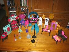 MONSTER HIGH DOLL FURNITURE HUGE MIXED LOT FRIGHT CAFE CATABCOMBS PLAYSET