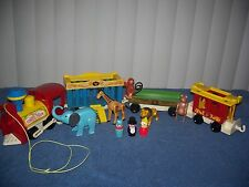 Vintage Fisher-Price Little People Circus Train #991 Complete 4 Car Set Giraffe