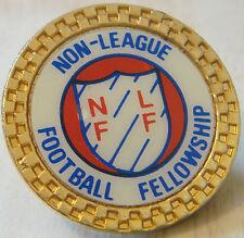 NON LEAGUE FOOTBALL FELLOWSHIP Badge insert type Maker CLUBMAN Gilt 29mm x 29mm