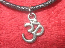 USA 10MM ANTIQUE SILVER TONE INDIA HINDU GOD OM PEACE PENDANT CHARM NECKLACE