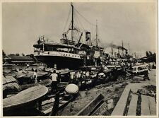 DUTCH EAST INDIES ISLAND OF BORNEO SHIPPING SCENE PHOTO