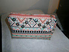 CLAIRE'S  MAKE UP BAG/COSMETIC BAG/BIRTHDAY/HOLIDAYS/Mothers day gift/FOR GIRLS.