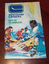 Vancouver Canucks yearbook  1971-1972  NHL 2ND Issue action  cover