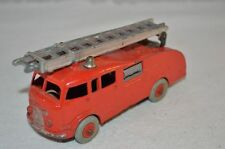 Dinky Toys 555 Fire Engine in excellent original condition and complete