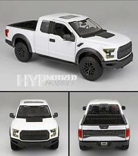 MAISTO 1:24 2017 FORD RAPTOR DIE-CAST WHITE 31266