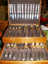 113 Pieces 1946 Wm A Rogers Oneida Hotel Silver Plate Ferncliff Wood Storage Box