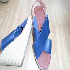 BODEN  NAVY STRAPY LEATHER HOLIDAY WEDGES  SIZE 39==6 BNWOB