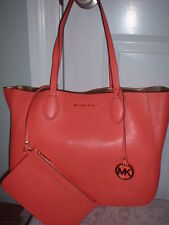 NWT Michael Kors Mae Leather Reversible EW Tote Handbag w Pouch Pink Grapefruit