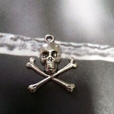 Skull and Crossbones Charms Pendants Antiqued Silver Pirate Pendants Gothic
