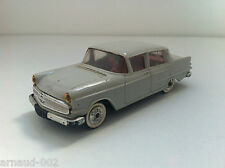Norev (plastique) - Opel Kapitan - Années 60 (1/43)