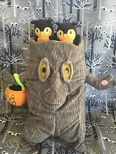 HALLMARK Singing Halloween Spooky Tree w/ Baby Owls Move to ADDAMS FAMILY Tune