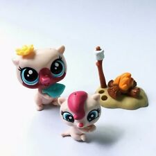 Littlest Pet Shop LPS In The City Mommy And Baby Otter/ Vista And Pip Lutro toy